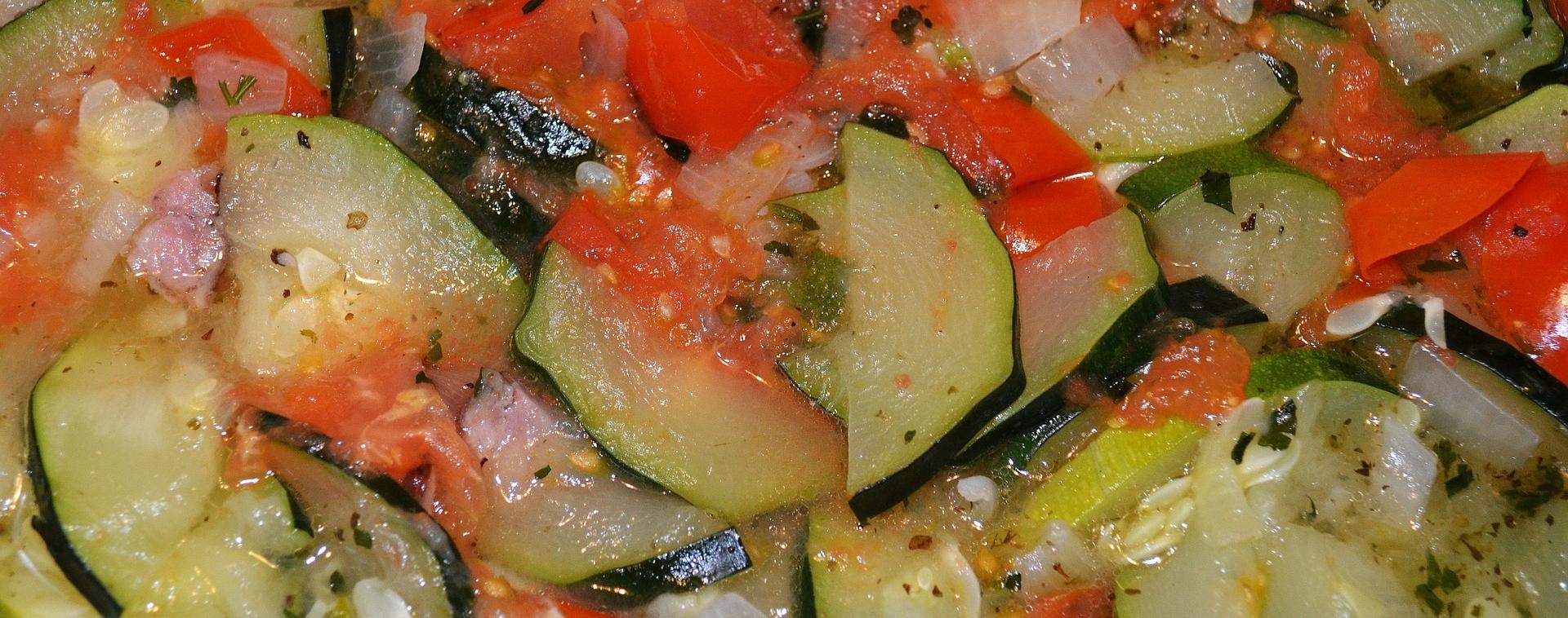 Zucchine con pomodoro