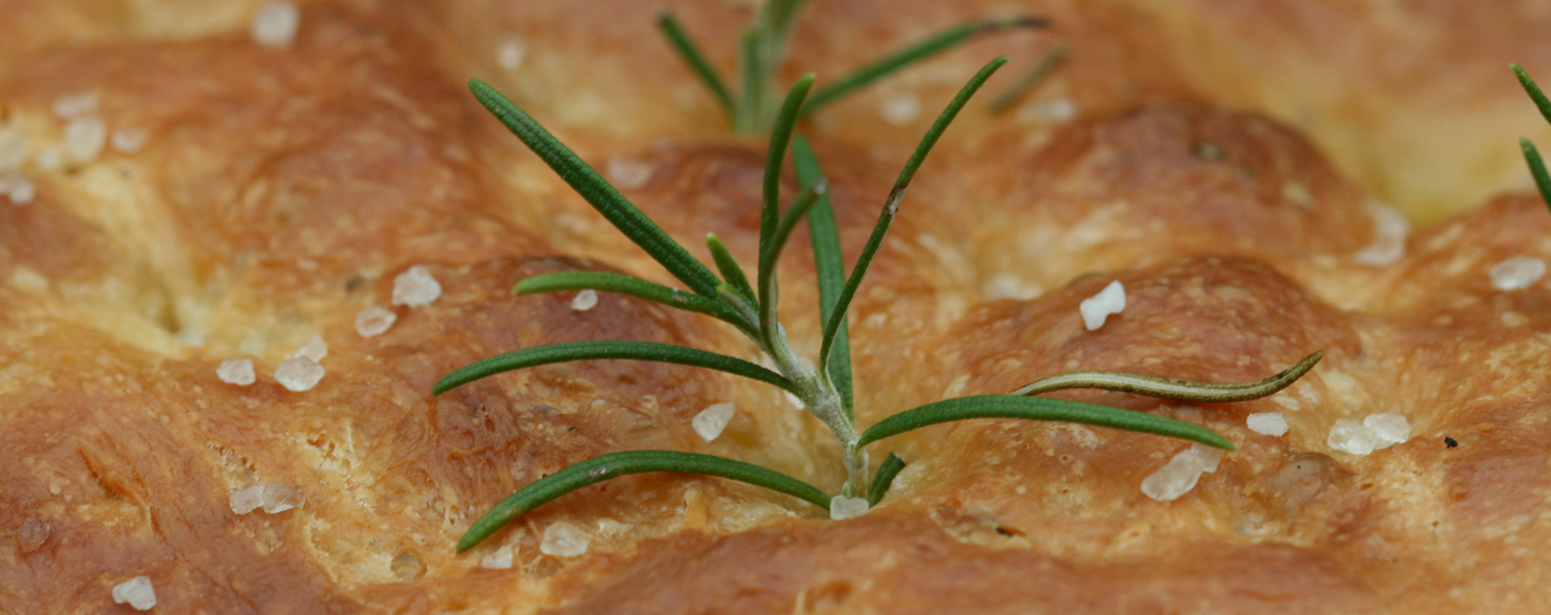 Pane azzimo con farina di riso e rosmarino